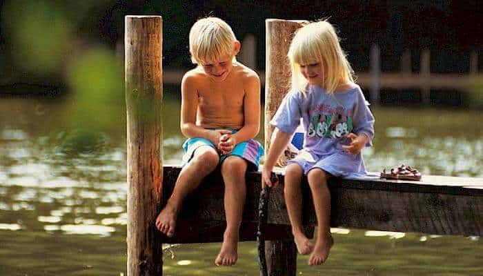 Kinder in Ferienhaus am Langeland Strand